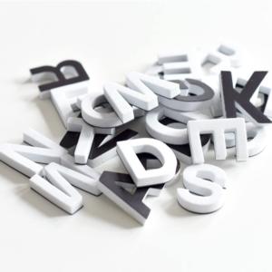 Magnet svenska alfabetet och siffror 90 st / förp